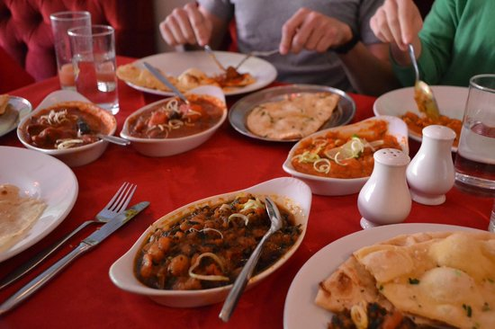 """Lal Qila Indian Restaurant : """"Prawn"""" Sagwala at the front. (Judge for yourself.)"""
