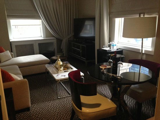The Lexington Hotel, Autograph Collection : Fantastic room.