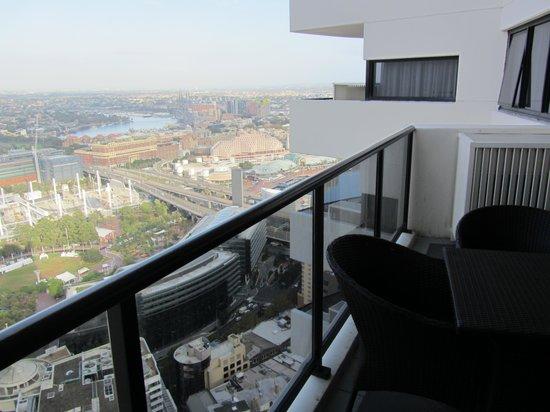 Meriton Serviced Apartments Kent Street: View from balcony.
