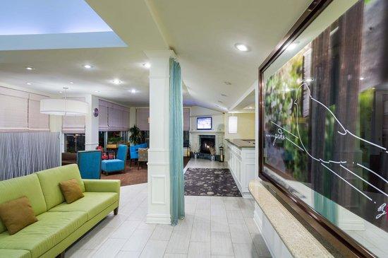 Hilton Garden Inn Queens / JFK Airport: Lobby