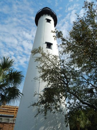 St. Simons Lighthouse Museum: St Simons Lighthouse