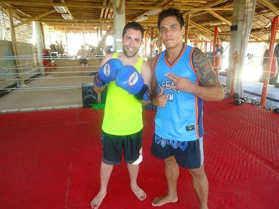 Legacy Gym Boracay: Trainer, professional MMA fighter and top-ranked Wushu fighter Richie Redman