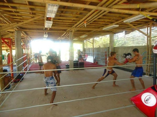 Legacy Gym Boracay: One of their morning training classes