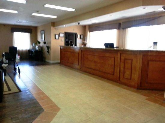 Travelodge Inn & Suites Jacksonville Airport: Lobby