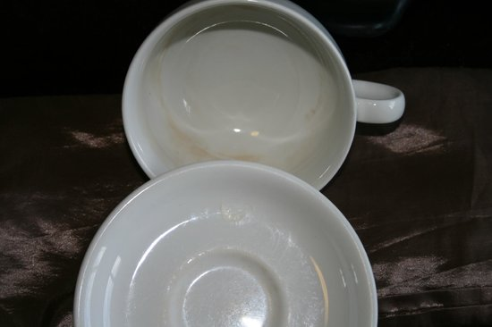 Clachan Cottage Hotel : Cups & saucers