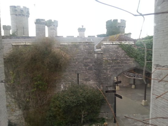 Warner Leisure Hotels Bodelwyddan Castle Historic Hotel: view from one of the room windows
