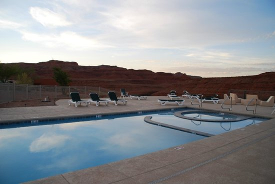 Hat Rock Inn: Piscina/jacuzzi