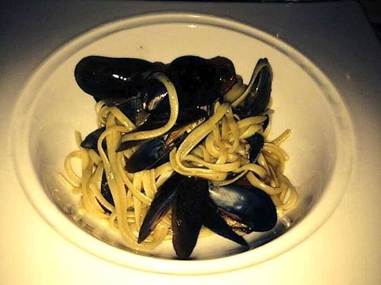 Crossings - Linguini with Cockles and Mussels - Photo by Grace K