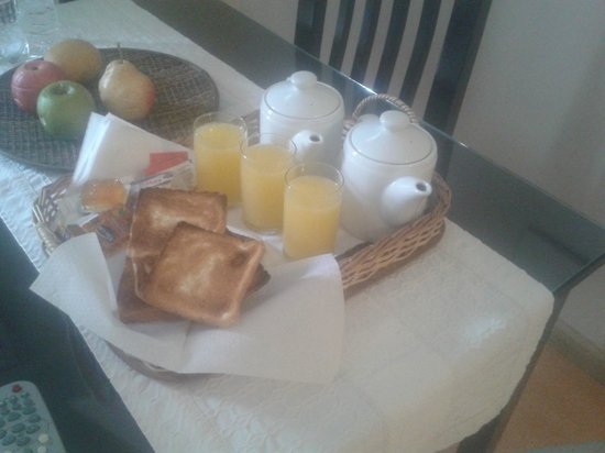 Quinta & Suites Apart Hotel: Desayuno no quarto