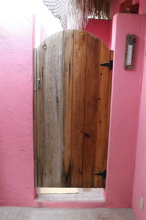 Cabo Pulmo Casas: outdoor shower