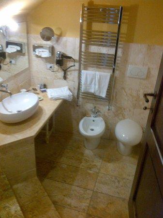 Hotel Palazzo del Capitano Exclusive Wellness & Relais : Il bagno