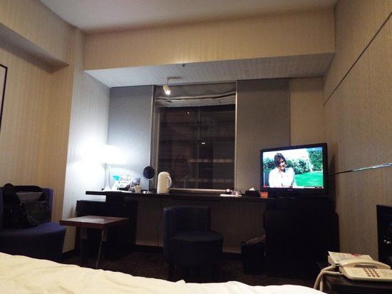 Hotel Villa Fontaine Tokyo-Shiodome : Single room with no view!