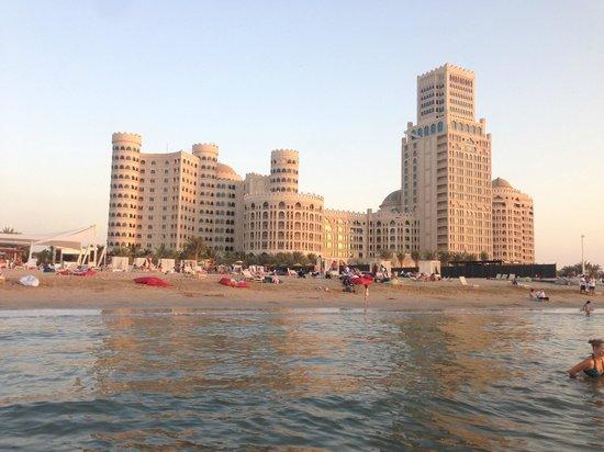 Al Hamra Residence & Village: из воды