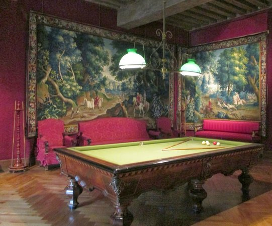 Chateau of Azay-le-Rideau: Billard room