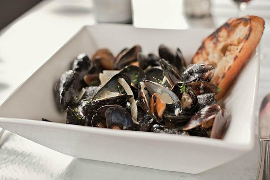 Isabella's Italian Trattoria: Mussels