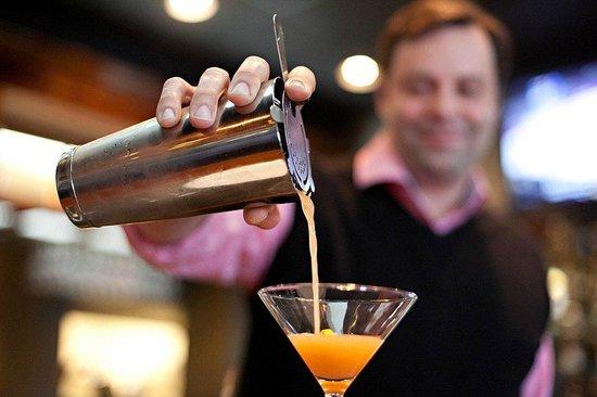 Isabella's Italian Trattoria: Josh (Jevans) the Bartender