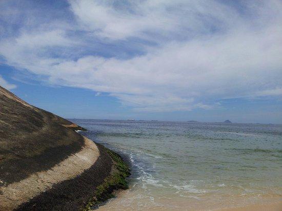 Itacoatiara Beach: Costao