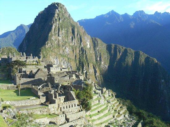 Machu Picchu Viajes Peru: Machu Picchu ar sunrise