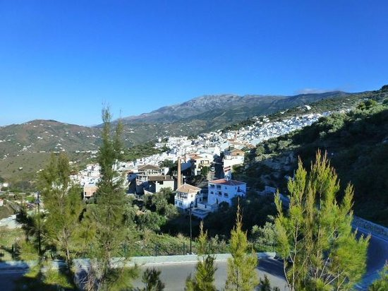 Balcon de Competa Hotel and Bungalows: View of Competa