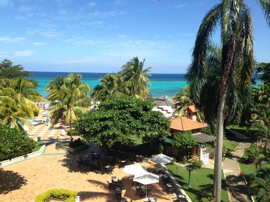 Jewel Dunn's River Beach Resort & Spa, Ocho Rios,Curio Collection by Hilton: View from room balcony