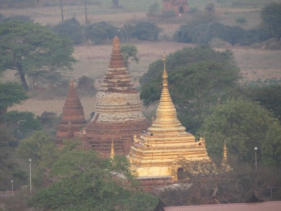 Balloons over Bagan: View from balloon
