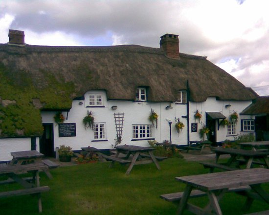 The Old Inn Kilmington: lovely, welcoming place to eat