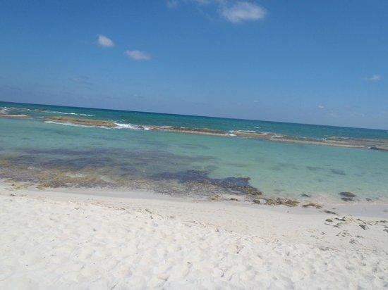 El Dorado Royale, a Spa Resort by Karisma: beach