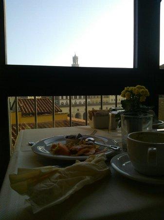Pitti Palace al Ponte Vecchio: sala colazione