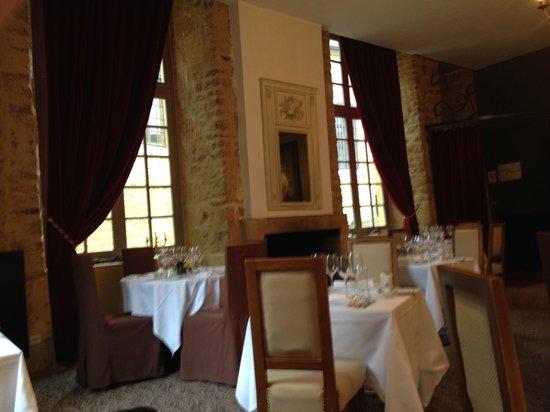 Hotellerie Le Chateau Fort: salle du restaurant