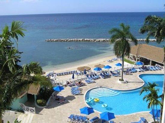 Sunscape Splash Montego Bay : Vue de notre chambre 5e étage oceanview