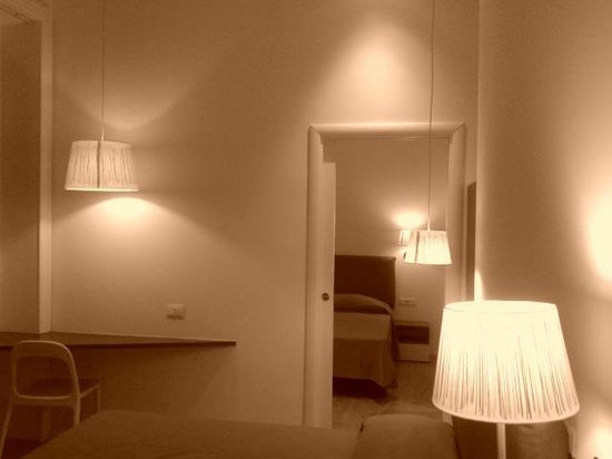 Why Not Roma Suites : camere comunicanti