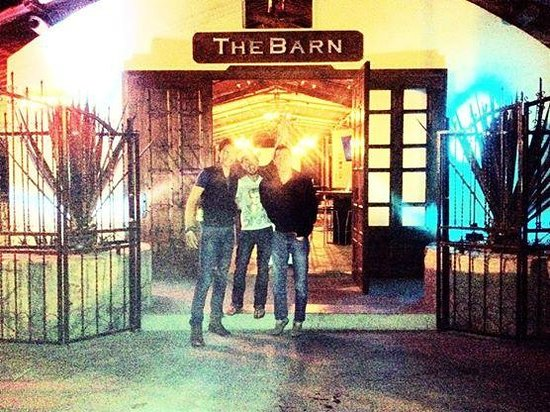 The Barn Bar: Arriving The Barn