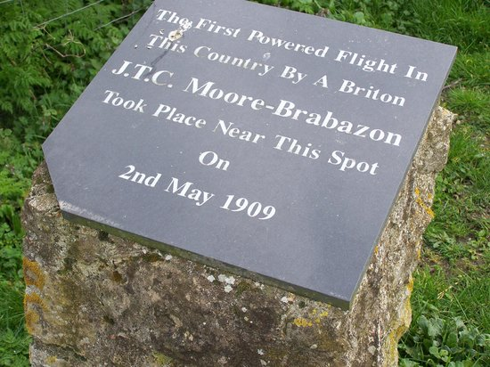 Muswell Manor Holiday Park: Commemorative Plaque