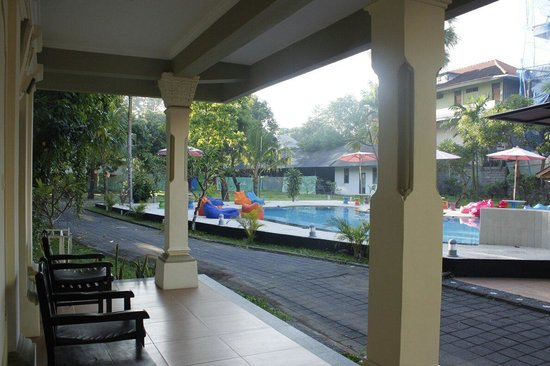 Troppo Zone Puri Rama Resort: Back pool. Taken from G3