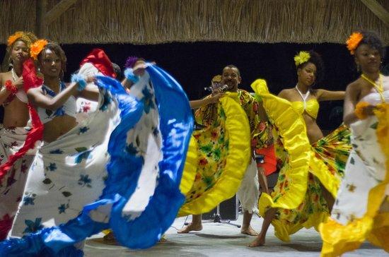 Sofitel Mauritius L'Imperial Resort & Spa: Sega dance night