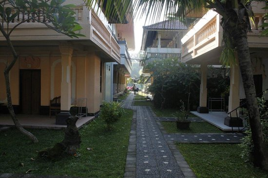Troppo Zone Puri Rama Resort : Troppo zone wing starting path