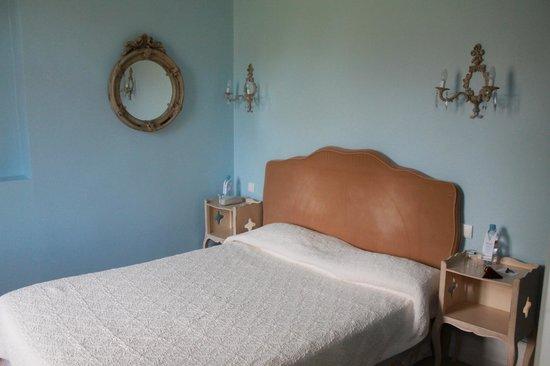 Najeti Hotel Chateau Clery: Chambre charme