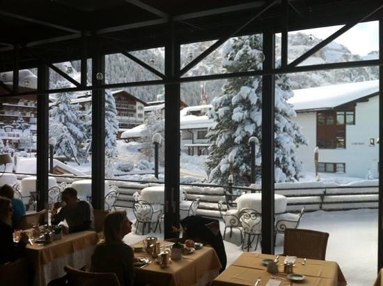 Gran Baita Sport & Wellness Hotel: la sala colazione