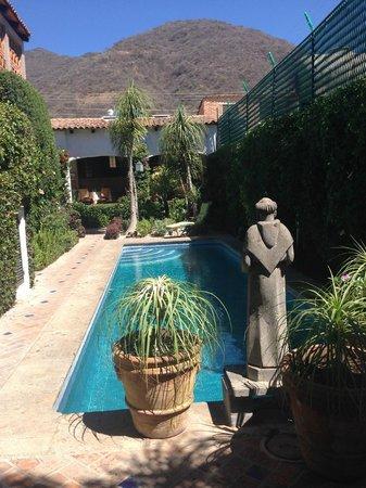 Casa Flores: pool area