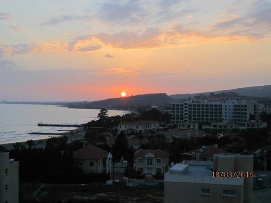 St Raphael Resort: Sunset