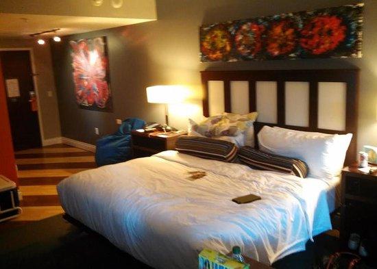 Aloft Nashville West End : Standard King Bed Room