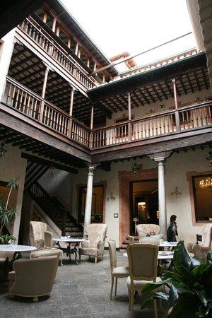 Hotel Casa 1800 Granada: The center of the hotel