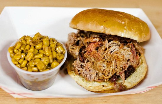 Captain's BBQ: Pulled Pork with Corn