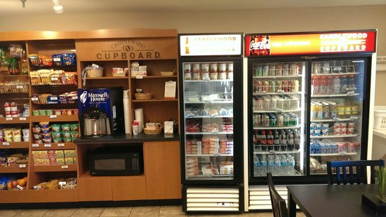 Candlewood Suites - Detroit/Ann Arbor: Candlewood Cupboard