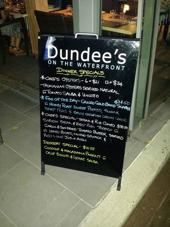 Dundee's Restaurant on the Waterfront : Boardwalk