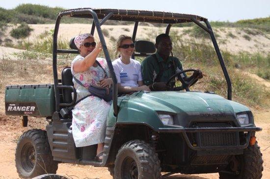 Brusubi, Гамбия: Having fun!