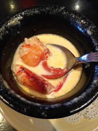 Linda Bean's Maine Kitchen and Topside Tavern: cup of Lobster Stew (took the picture after I'd eaten half)