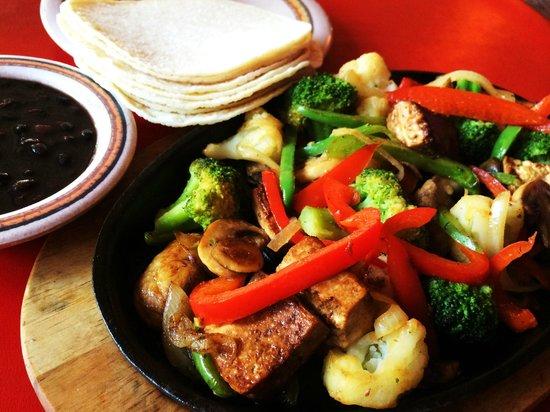 Costa Alegre Restaurant: Sizzling Tofu Platter