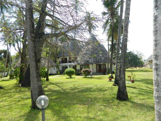 Neptune Village Beach Resort & Spa: бунгало