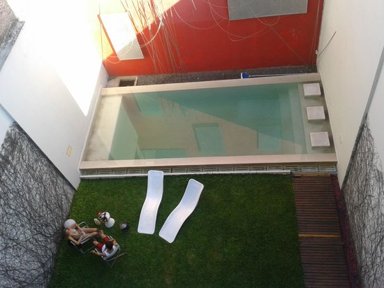 Noa Noa Lofts+Art: Piscina del hotel